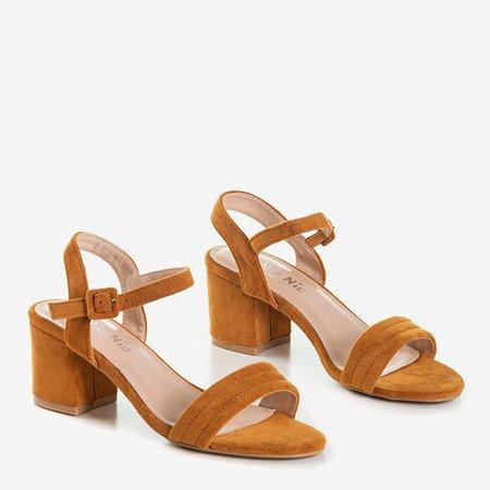 Коричневые женские сандалии на невысоком столбике Niusty - Обувь