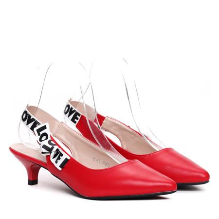 Czerwone sandały na niskiej szpilce - Obuwie