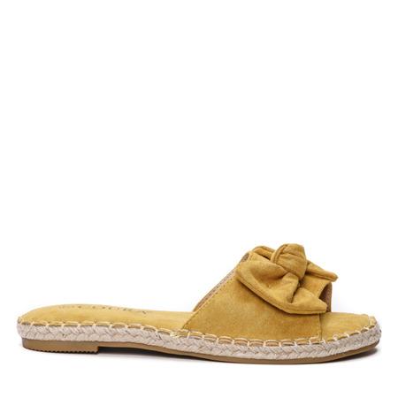 Żółte klapki - Obuwie