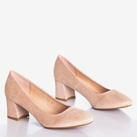 Бежеві жіночі насоси на низькій посаді Дай любов - Взуття 1