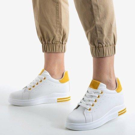 Білі кросівки на танкетці з жовтими вставками Sliomenea - Взуття