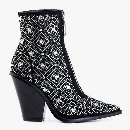 Чорні ажурні ковбойські чоботи з орнаментом Sammela - Взуття