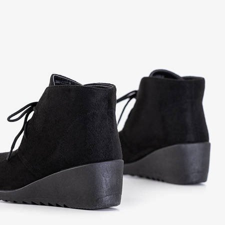 Чорні жіночі танкетки від Satomi - Взуття