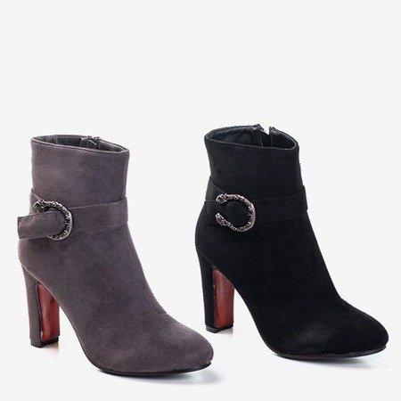 Чорні жіночі черевики на високій посаді Lilli - Взуття